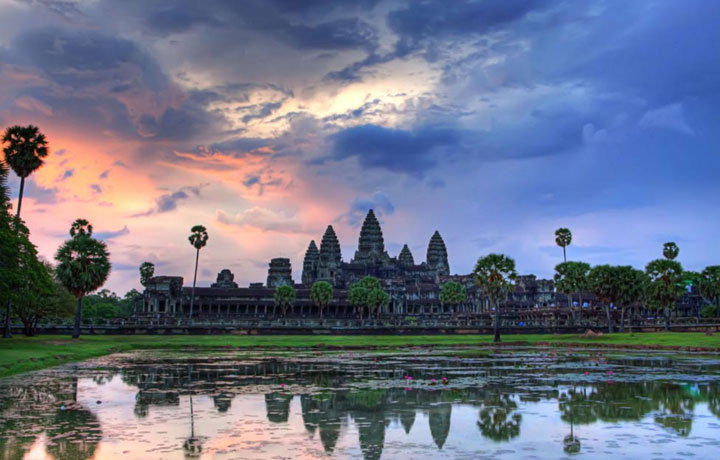 2days Angkor Wat Tour by Car (4 Seats)