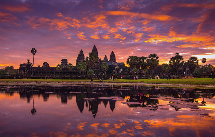 2days Angkor Wat tour by Tuk Tuk (4 Seats)
