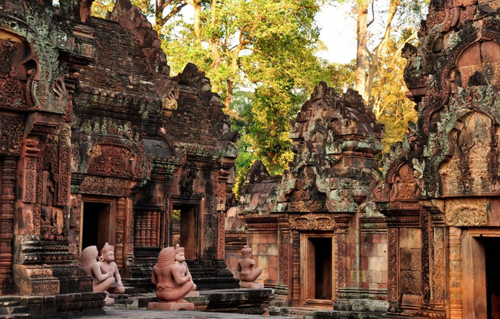 Banteay Srei with Car (4 Seats)